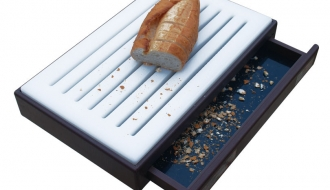 Cutting board with crumb container 52 x 35cm